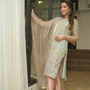 Pakistani designer Nomi Ansari shalwar kameez